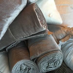 Image of Curtain Velvet Matte Potato